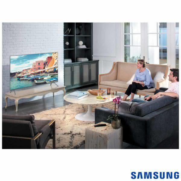 "Smart TV 4K LED 82MU7000 Samsung 82"" com HDR1000, Plataforma Smart Tizen e Wi-Fi"