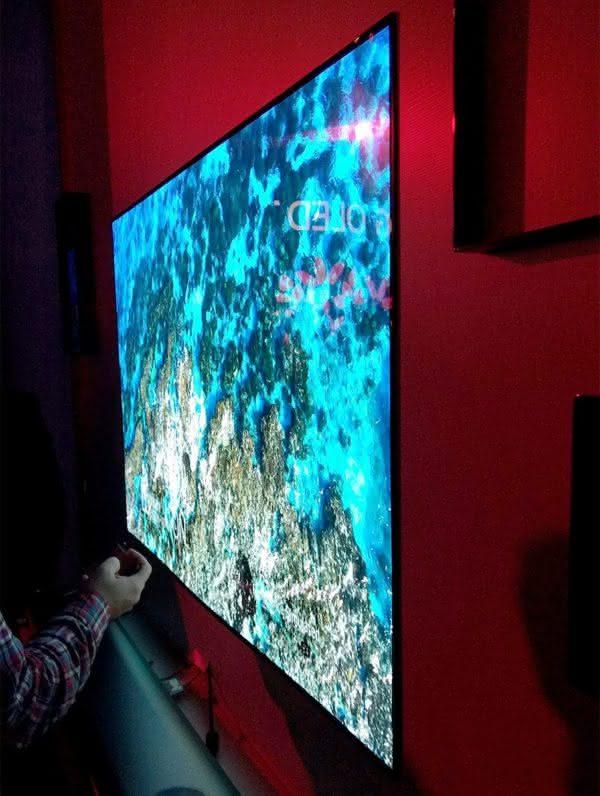 Smart TV OLED LG OLED65W8PSA 65'' 4K UHD com HDR, Wallpaper, Dolby