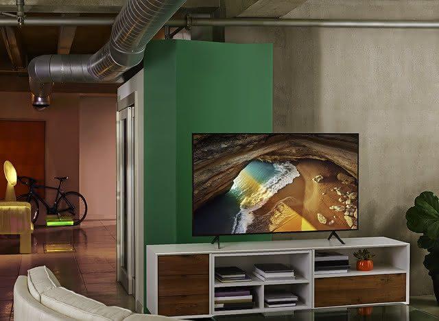"""Saiba como escolher a TV de 60"""""""