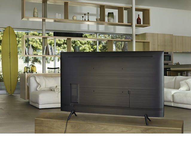 """Como devo calcular o espaço para uma TV de 60""""?"""