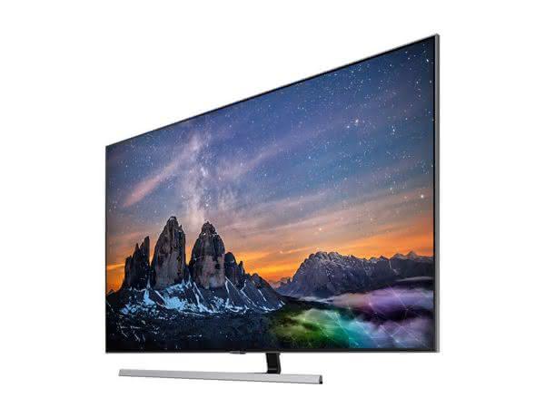 """Smart TV Samsung 4K UHD 75Q80R com tela QLED de 75"""" HDR, Woofer, Controle Remoto Único, Bixby, Modo Ambiente"""