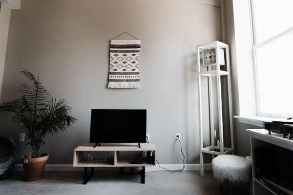 """Qual o espaço ideal para uma tv de 40""""?"""
